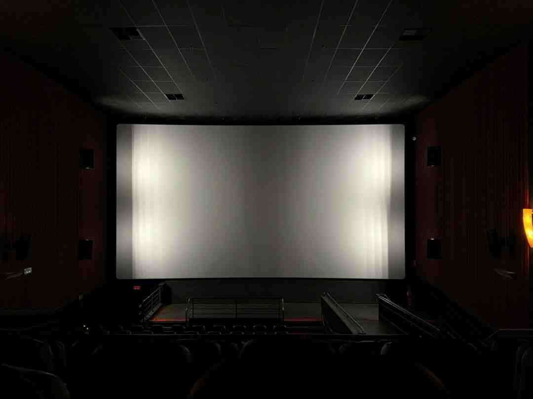What size sheet should I use for a projector?