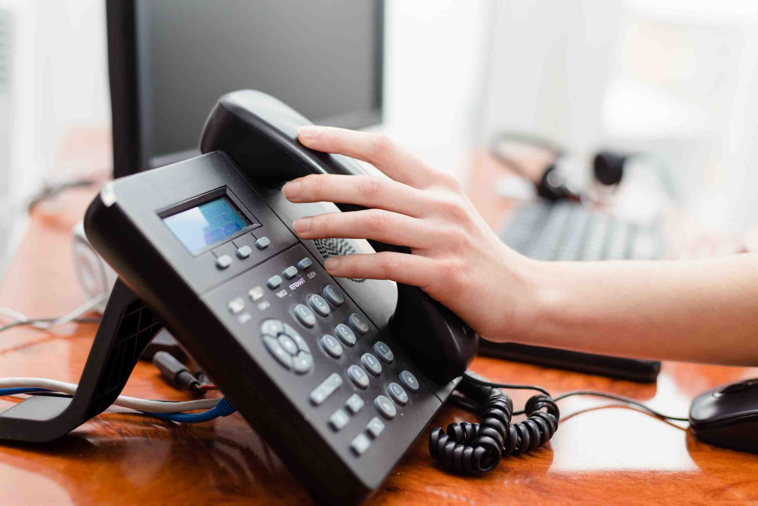 How to use telephones